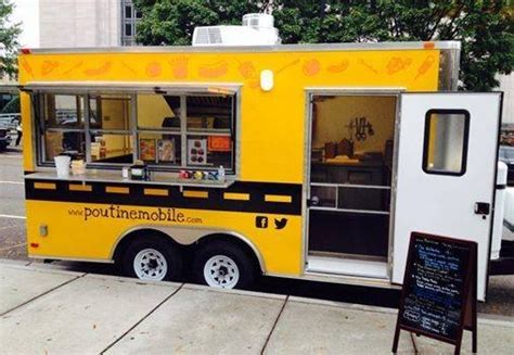food mobile truck poutine mobile knoxville food trucks roaming hunger