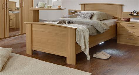 Rollen Für Bett by Schlafzimmerschrank Ikea
