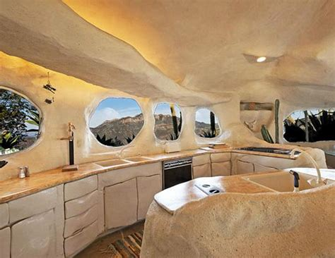 dick clark flintstone house photos dick clark s flintstones home has a buyer picture dick