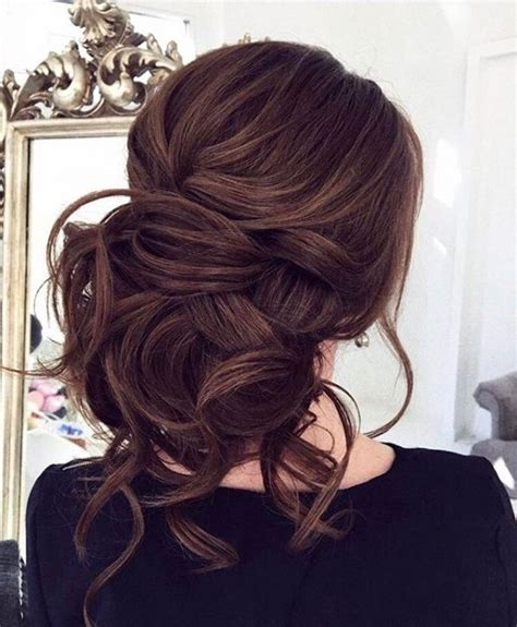 Wedding Hairstyles For Brunettes by 25 Beautiful Updo Ideas On Wedding