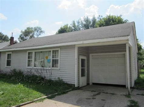 311 s riverside blvd goshen indiana 46526 foreclosed