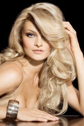 pageant curls hair cruellers versus curling iron prom hair volumized curls promspiration pinterest