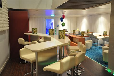 the living room lounge live from the ncl epic cruise maven