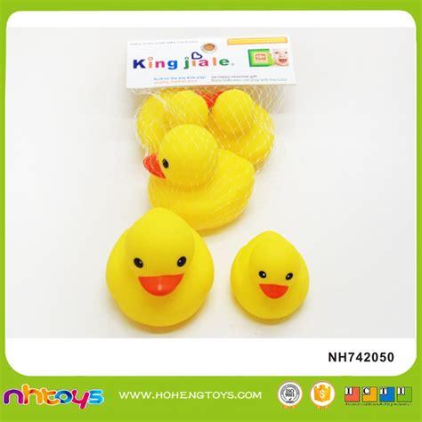 Mainan Bebek Karet Mandi Seri Induk Dan Anak Medium Large lucu karet bebek mandi mainan mandi mainan hewan id produk