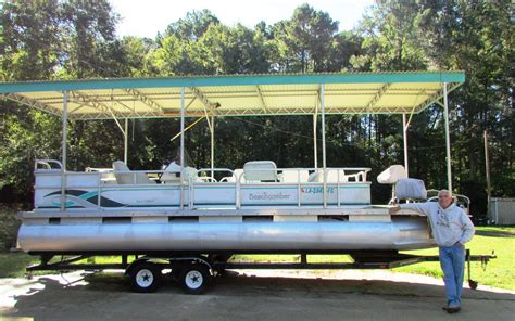 Cabin Pontoon Boat by Pontoon Cabin Pictures To Pin On Pinsdaddy