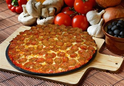 Pizza Cottage Zanesville Ohio Pepperoni Pizza Picture Of Pizza Cottage Zanesville