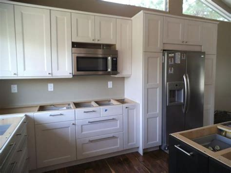 inexpensive white kitchen cabinets best 25 ikea kitchen cabinets ideas on ikea