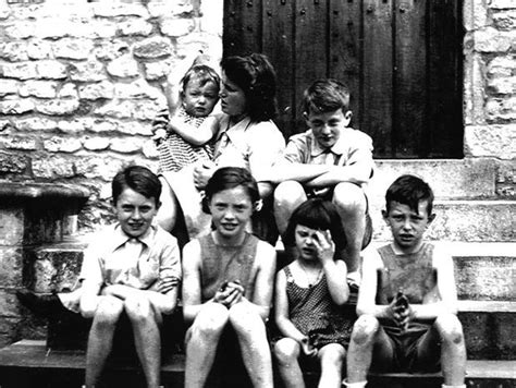 Holocaust And World War 2 Essay by World War 2 And The Holocaust Essay Medlpracticeinsr Web Fc2