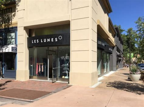 Sur La Table Walnut Creek by Les Lunes Opens In Broadway Plaza Beyond The Creek