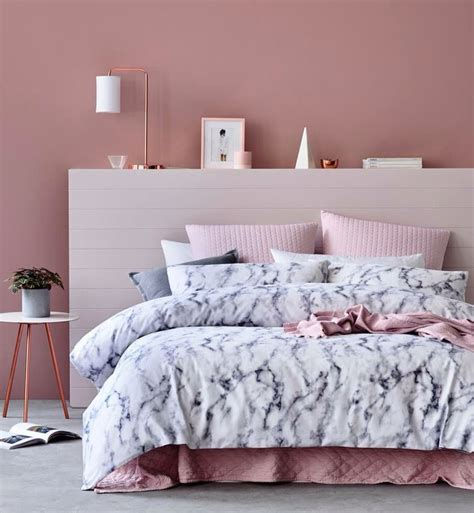 pink lights for bedroom best 25 dusty pink bedroom ideas on dusty