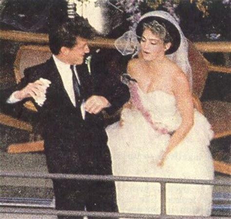 Madonna, Sean Penn Wedding Pictures, Wedding Dress