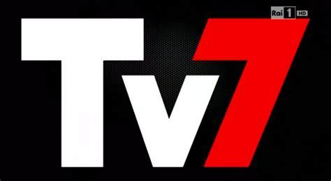 bersaglio mobile renzi tv7 slitta renzi a bersaglio mobile