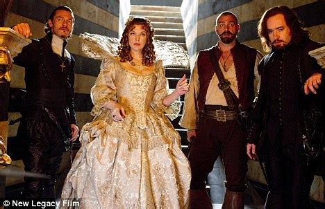 milla jovovich orlando bloom movie the three musketeers flops at the box office as star milla