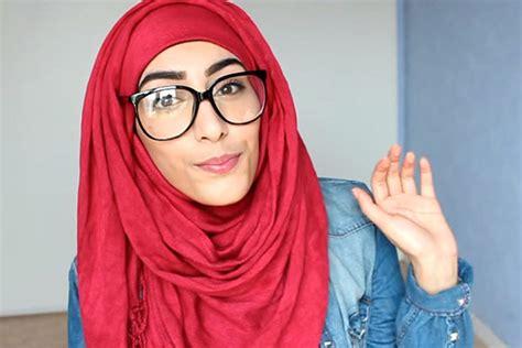 Kacamata Untuk Perempuan cara berhijab untuk wanita berkacamata