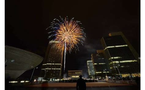 Garden State Plaza Fireworks 2017 Empire State Plaza Tree Lighting And Fireworks