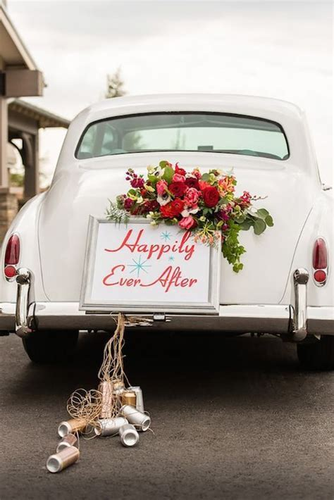 Wedding car decoration ideas that you can use for your