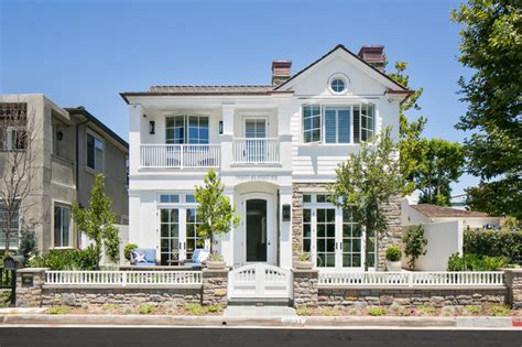 www home exterior design com 17 classic traditional home exterior designs you ll adore