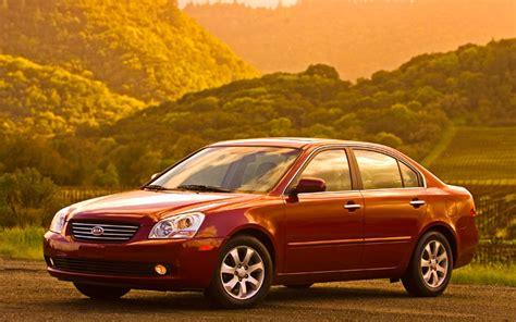 Compare Kia Optima Models 2008 2009 Kia Optima Comparison Gallery Motor Trend