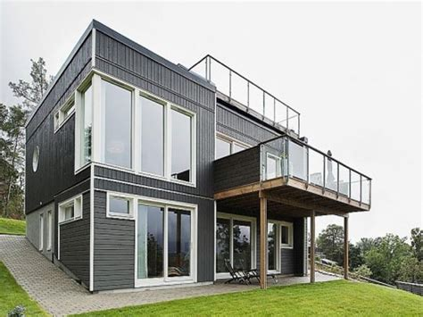 design of house balcony two storey homes with balconies modern homes with balcony designs classic design house