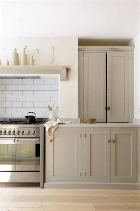 chalk paint vs paint for kitchen cabinets best 25 chalk paint cabinets ideas on chalk