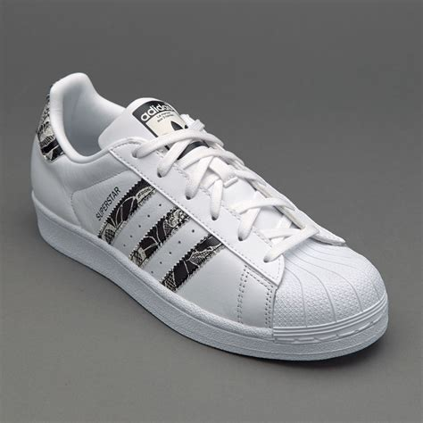 Sepatu Adidas Superstar White sepatu sneakers adidas originals womens superstar ftwr white