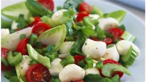 insalata di fiori di zucca insalata con mozzarella e fiori di zucca pourfemme