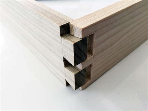 dovetail joint traditional woodworking