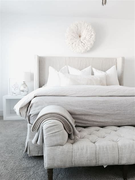 end of bed chaise the top best ways to decorate the end of your bed