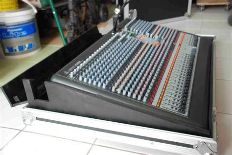 Mixer Xenyx Xl 3200 behringer xenyx xl3200 image 106092 audiofanzine