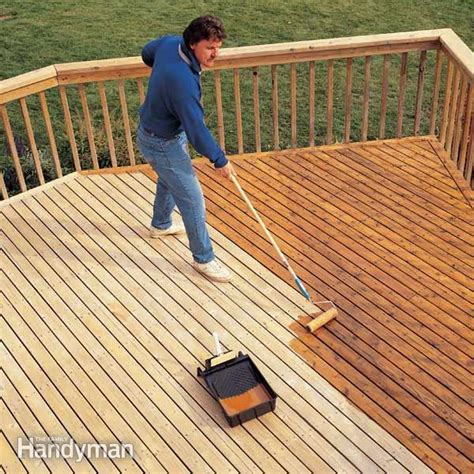 How to Revive a Deck: Deck Cleaning and Ctaining Tips