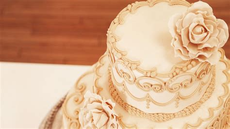 Home Decorators Reviews by Contemporary Wedding Cake With Classic Piping Cakemade