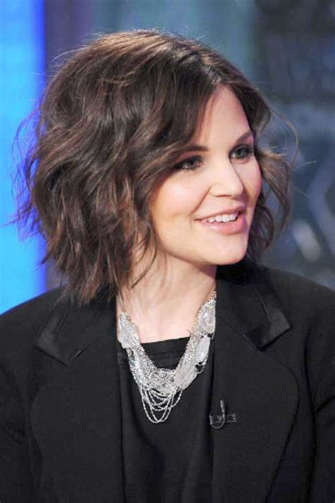 beach waves for round face 20 cute medium short haircuts short hairstyles