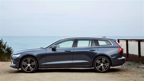 2019 Volvo Wagon by 2019 Volvo V60 Wagon Road Test Review Autoblog