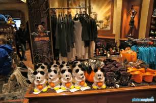 25th Birthday Decorations Halloween Merchandise At Disneyland Paris Photos Magiques