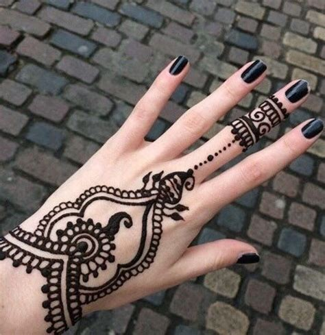 henna tattoo hand einfach 90 stunning henna designs to feed your temporary