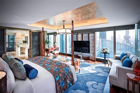best hotel rooms in the world destination luxury 187 luxury living redefined15 most expensive hotel rooms in the world