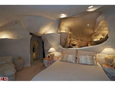 dick clark flintstone house photos unusual flintstones houses
