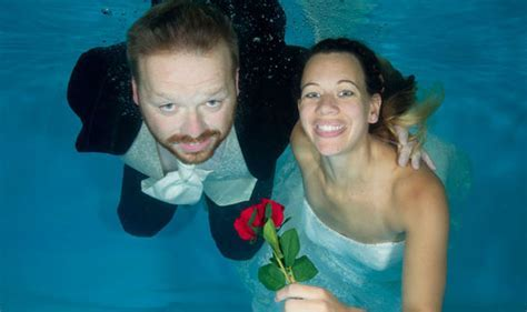 Most ridiculous wedding pictures ever: Bride and groom