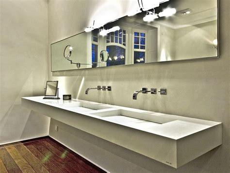 corian bodenbelag fugenlose dusche material innenarchitektur und m 246 belideen