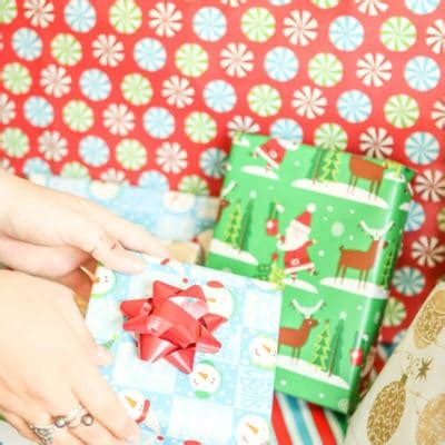 12 days of christmas gift swapping game ideas food and more play plan