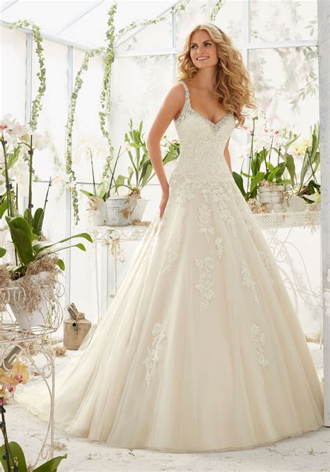 appliques for wedding dresses crystal lace appliques on tulle wedding dress style 2811