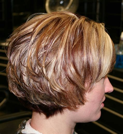 layered stack bob inverted stacked bob curly hair