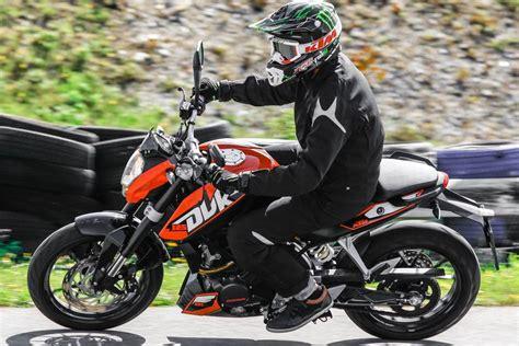 Motorrad 125 Testberichte by 2014 Ktm 125 Duke Test Testbericht