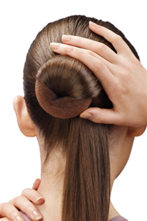 hairstyles using a bun donut how to make a ballerina bun with light hair