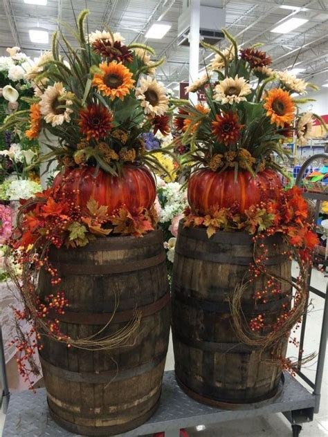 fall decorations for outside the home 25 best ideas about fall decorating on pinterest