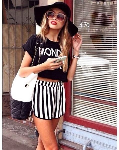black and white patterned shorts outfit zipper decor vertical stripe shorts womens short shorts