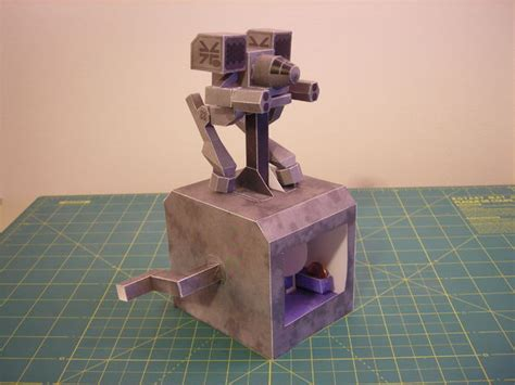 Mechanical Papercraft - walking papercraft mech warrior