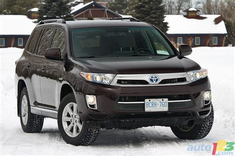 2011 Toyota Highlander Review Auto123 New Cars Used Cars Auto Shows Car Reviews