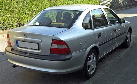 opel vectra b 2003 file opel vectra b rear 20091015 jpg wikimedia commons