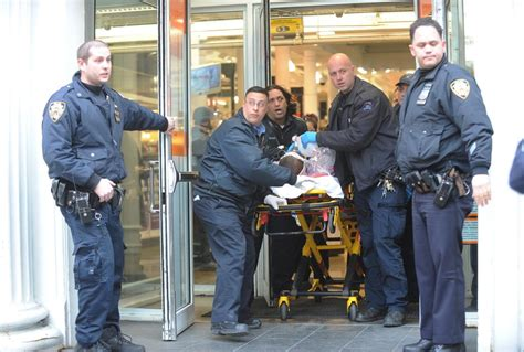 shooting at manhattan home depot photos shooting at